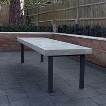 Mesa de comedor moderna / de cemento / de metal pintado / rectangular
