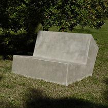 Sofá moderno / de exterior / de cemento / profesional