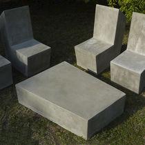 Mesa de centro moderna / de cemento / para edificio público / de exterior