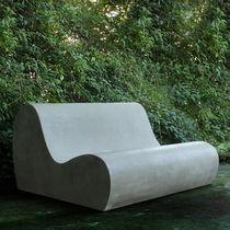 Sofá de diseño original / de jardín / de cemento / 2 plazas