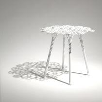 Mesa auxiliar / de diseño original / de acero / redonda