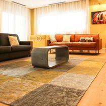 Mesa de centro moderna / de hormigón / rectangular / de interior