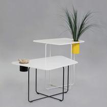 Mesa moderna / de Corian® / de acero / para edificio público