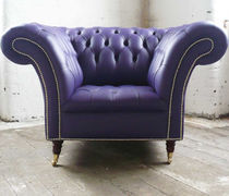 Sillón Chesterfield / de cuero / con ruedas / violeta