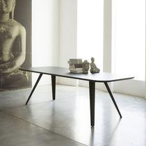 Mesa de comedor moderna / de MDF / de fresno / rectangular