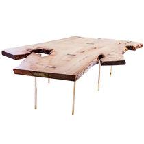 Mesa de centro de diseño original / de madera / de latón / de interior