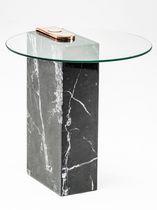 Mesita auxiliar moderna / de vidrio / de mármol / de latón