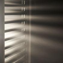 Celosía con lamas de aluminio / de aluminio extruido / para fachada / para ventana