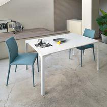 Mesa de comedor moderna / de acero / rectangular / cuadrada