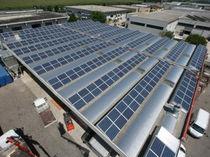 Estructura de soporte para cubierta de tejas / para techo / para membranas fotovoltaicas