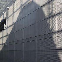 Revestimiento de fachada de aluminio / de acero / perforado / de panel