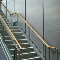 Revestimiento de pared de metal / para espacio público / texturado / aspecto metal