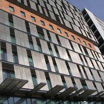 Tela metálica tejida para fachada / para pantalla solar / para techo / para muro