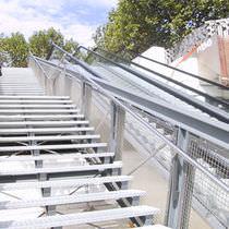Barandilla de exterior / en malla / de metal / para terraza