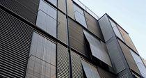 Revestimiento de fachada de metal / de zinc / ondulado / de panel