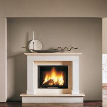 Marco para chimenea clásico / de piedra