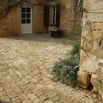 Adoquín de piedra natural / antideslizante / de material reciclado