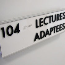 Placa de señalización para puerta / de pared / de aluminio / en braille