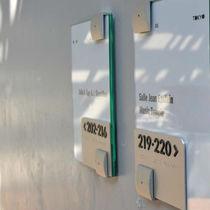 Placa de señalización para puerta / de pared / de acero inoxidable / en braille