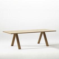 Mesa de conferencia moderna / de madera / de acero / de aluminio
