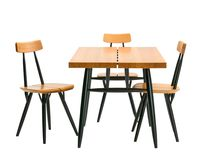 Mesa moderna / de abedul / de pino / de madera tintada