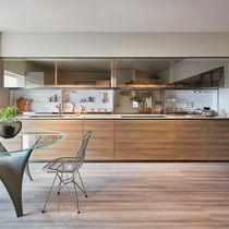 Cocina moderna / de madera / de vidrio / de piedra natural