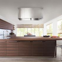 Cocina moderna / de madera / de acero inoxidable / con isla