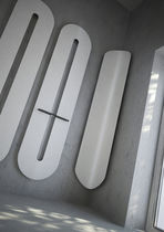 Radiador secatoallas de agua caliente / vertical / de acero / de pared