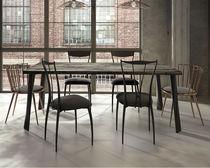 Mesa de comedor moderna / de madera lacada / de acero / de hierro