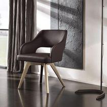 Silla moderna / con reposabrazos / tapizada / de hierro