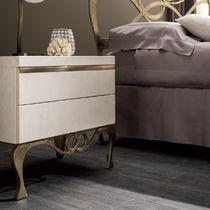 Mesilla de noche clásica / de madera / rectangular / con cajón
