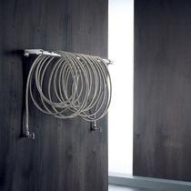 Radiador de agua caliente / de acero inoxidable / de acero / de pared