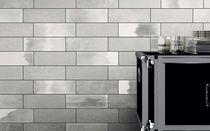 Baldosa de pared / para pavimento / de cerámica / brillante
