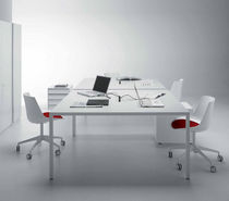 Mesa moderna / de material laminado / de fibra acrílica / rectangular