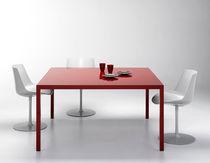 Mesa moderna / de resina / de vidrio templado / rectangular