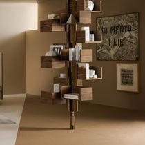 Biblioteca suelo-techo / moderna / de nogal / de MDF
