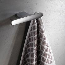 Percha moderna / de metal cromado / doble / para baño