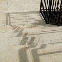 Baldosa de exterior / para pavimento / de travertino / envejecida