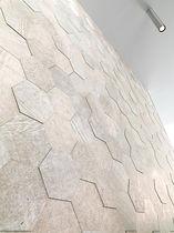 Baldosa de pared / de piedra calcárea / pulida / aspecto mosaico