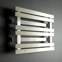 Radiador secatoallas de agua caliente / horizontal / de acero inoxidable / de acero