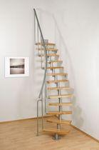 Escalera circular / peldaño de madera / estructura de metal / sin contrahuellas