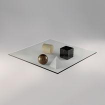 Mesa de centro de diseño original / de vidrio / cuadrada / de interior