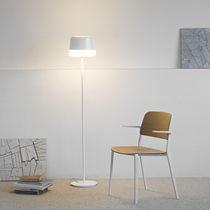 Lámpara de pie / moderna / de acero / de polietileno