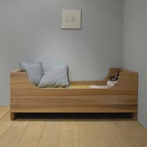 Cama simple / estándar / moderna / de madera