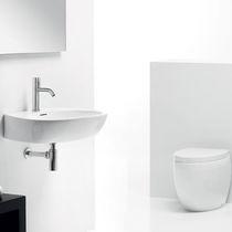 Lavabo suspendido / ovalado / de cerámica / moderno