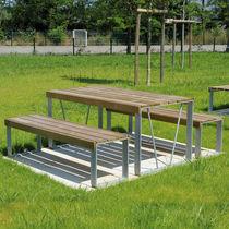 Mesa de pícnic moderna / de madera / rectangular / para espacio público