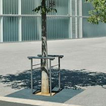 Guarda-árboles de acero