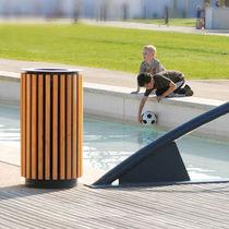 Cubo de basura público / de madera / moderno
