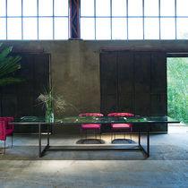 Mesa de comedor moderna / de aluminio / de piedra / rectangular