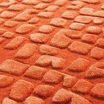 Alfombra moderna / con motivos geométricos / de color liso / de lana